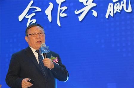 中国猪业高峰论坛   姚民仆:智能化是中国农牧业未来发展的必然方向