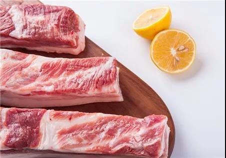 产能持续下降、多国停止进口,年后猪价能大涨?