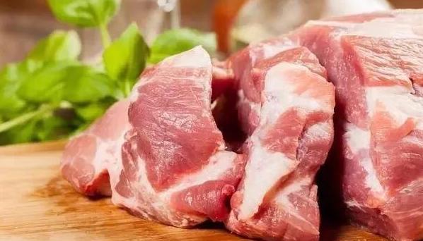 买猪肉买哪个部位好?养猪人告诉你前腿肉和后腿肉的差别