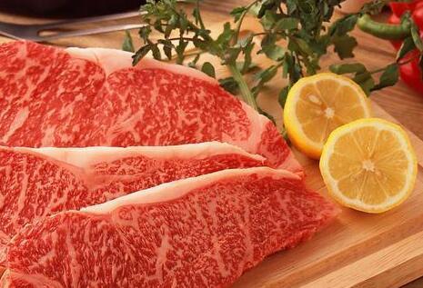 2018年猪肉消费量5595万吨,远低于4年前