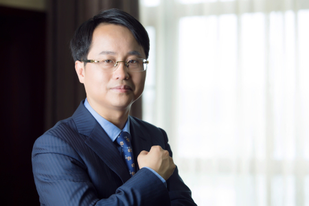 德康集团董事长王德根:抓住关键的少数