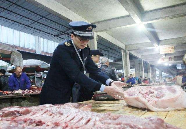 济阳区开展非洲猪瘟防控专项检查 查验生产企业肉制品质量安全