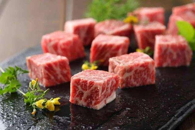 俄工商会主席:期待中国近期将向俄罗斯开放猪肉市场
