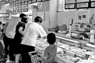 业界:资本借机入场 预计下半年猪肉价格持续上涨