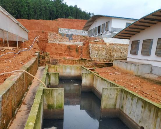 猪场化粪池污水直排灌渠:附近村民反响强烈