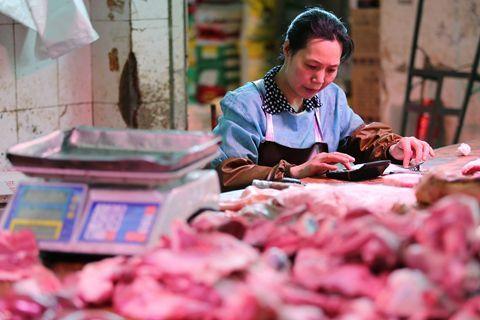 农业部称水果价格已开始回落,但猪价还将上涨