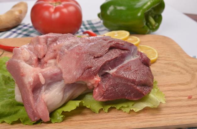 怎样鉴别病死猪肉? 权威部门:看肌肉闻气味是关键