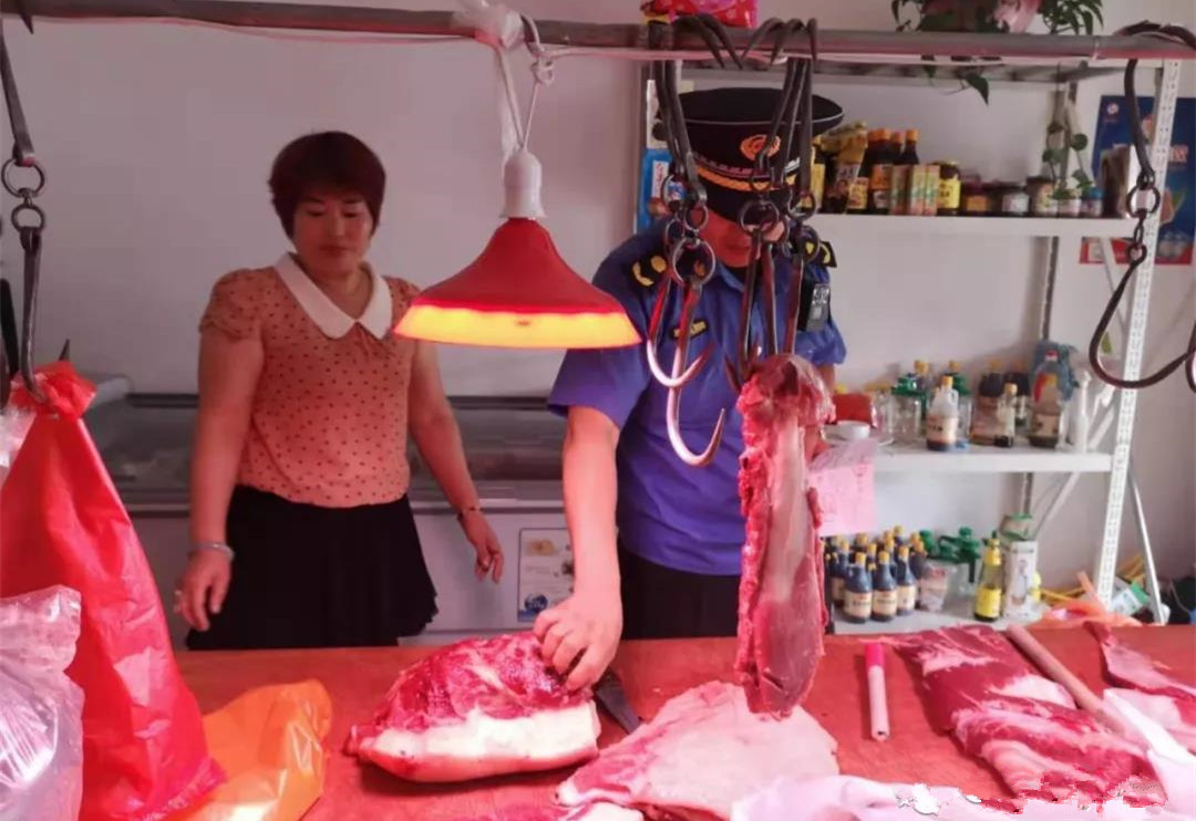 """莱西强力开展生猪肉品市场专项整治!保障群众""""舌尖上的安全"""""""