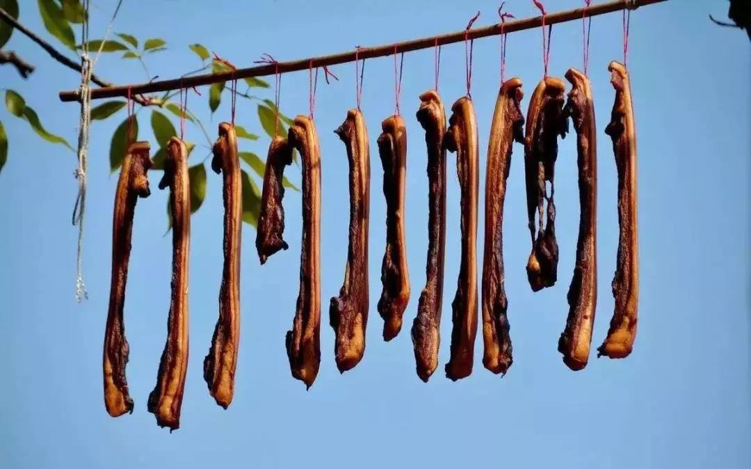 猪浑身都是宝,极大程度的满足我们的味蕾,也符合我们的风俗习惯