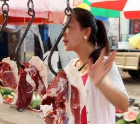 广西猪价一飞冲天,猪肉摊贩却面临大面积失业或转行