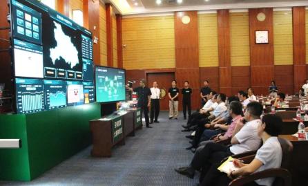 """""""防非抗非·保障供给对策研讨会""""在华中农大召开"""