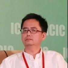 周建川博士