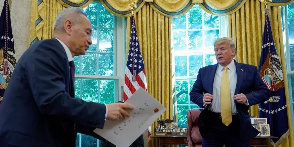 美国总统特朗普在白宫会晤中国副总理刘鹤