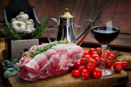 四季度猪肉价格上行概率大,未来趋势定制化、品牌化、小包装化