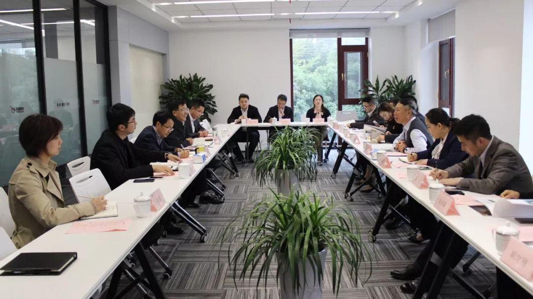 富顺县委书记率队到访德康集团 扎实推进富顺30万头生猪项目