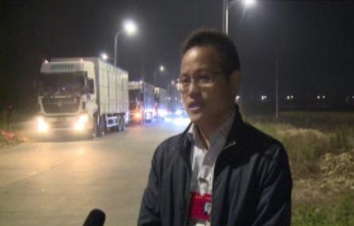 25辆全封闭种猪运输车,跨越两千公里,满载3000头祖代种猪,驶入泗洪
