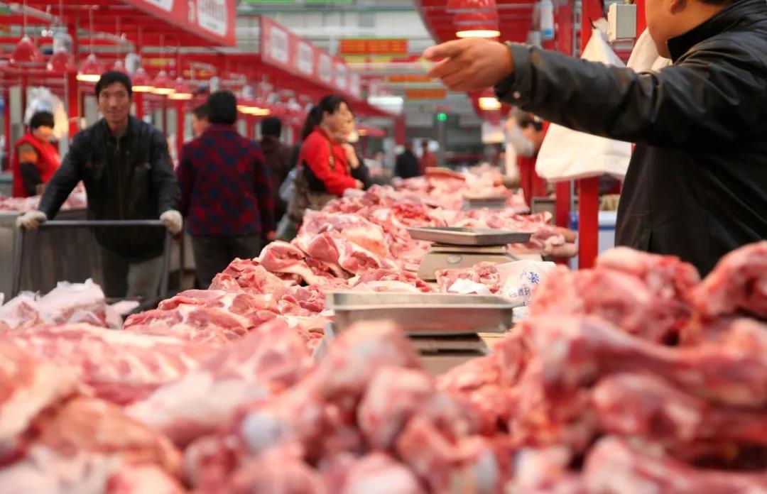 进口冻猪肉入市,比市场价低5元!