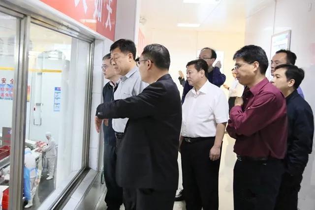农业农村部副部长于康震率调研组到广西开展重点生猪屠宰企业检查工作