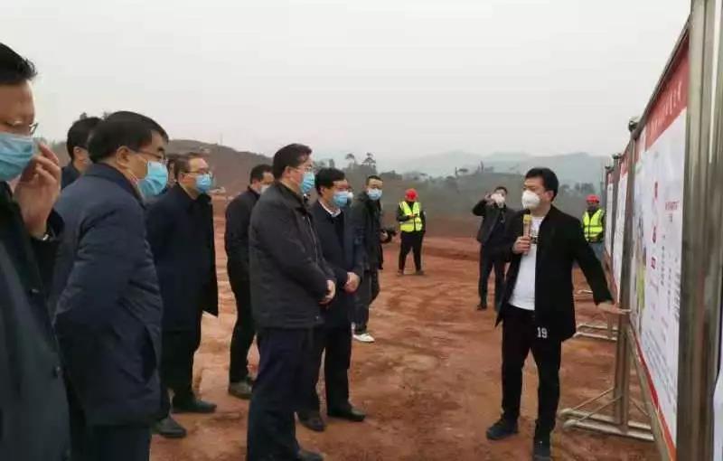 """""""确保不减产不减供"""",自贡市委书记范波高度关注德康项目"""