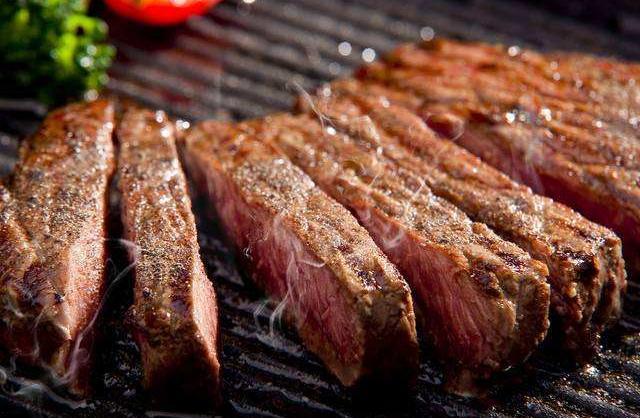 不爱吃猪肉却是养猪大国,美国葫芦里卖的是什么药?