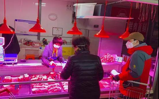 屠宰场陆续复工,白条猪上市量增加明显、猪肉价格回落