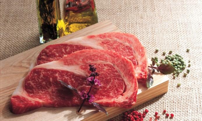 """全球""""新冠""""持续发酵,进口肉品大受影响,今年猪价或比预期还要高!"""