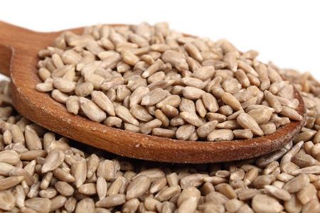 4月15日全国豆粕价格行情表,整体为看涨状态,局部地区有回落!