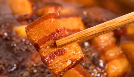 黄山市中心城区猪肉价微幅下跌,淡水鱼价稳中有涨,鸡蛋价微幅上涨