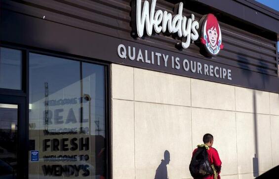 """加工厂停工导致美国""""肉荒"""" 多家连锁超市宣布肉类限购"""