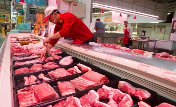 """福州:猪肉价格重回""""二字头"""" 预计下半年继续回落"""