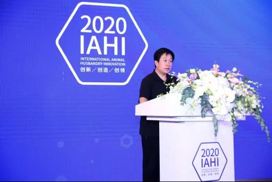 李俊杰:母猪繁殖调控技术最新进展与应用