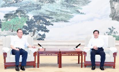 王东峰:全力保障生猪生产和市场供应稳定
