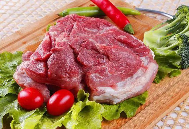 """上半年重庆CPI同比上涨3.7%!猪肉价格""""贡献率""""达66% 预计后期肉价走势基本平稳"""