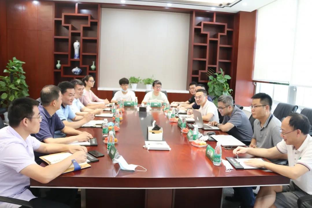 华中农业大学信息学院明庭庆书记、张红雨院长一行到访影子科技