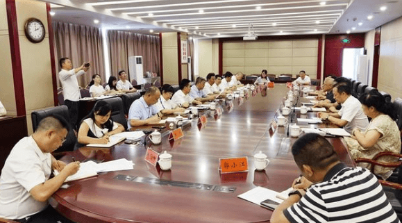 国家生猪产业体系首席科学家陈瑶生受邀到贵州调研