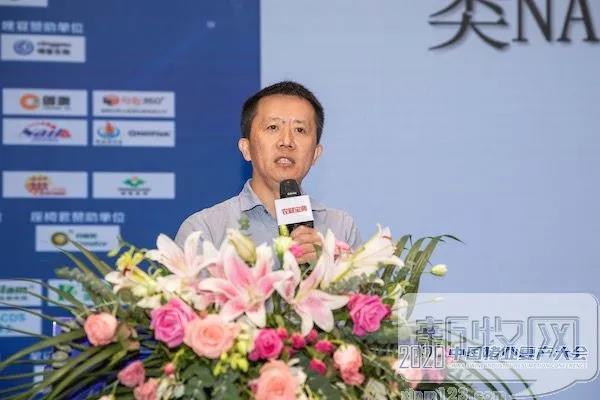 邓小红:蓝耳类NADC30毒株感染占比已达30%,使用泰万菌素防控可降低病毒载量