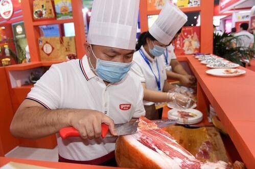 """量的满足、质的提高、样的丰富,中国人的""""肉篮子""""越来越丰富!"""