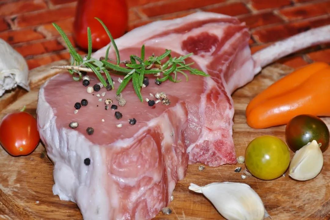市场调控升级,猪价涨势暂停,元旦猪肉回落已成定局?答案来了