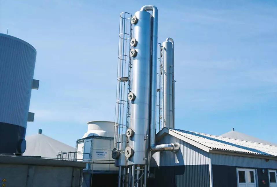 丹麦一家沼气工厂的提纯净化塔
