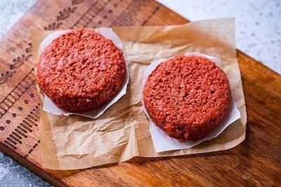 人造肉为何遭网友泼冷水?业内:营养口感需要精进!动物肉和人造肉你会选择哪个?