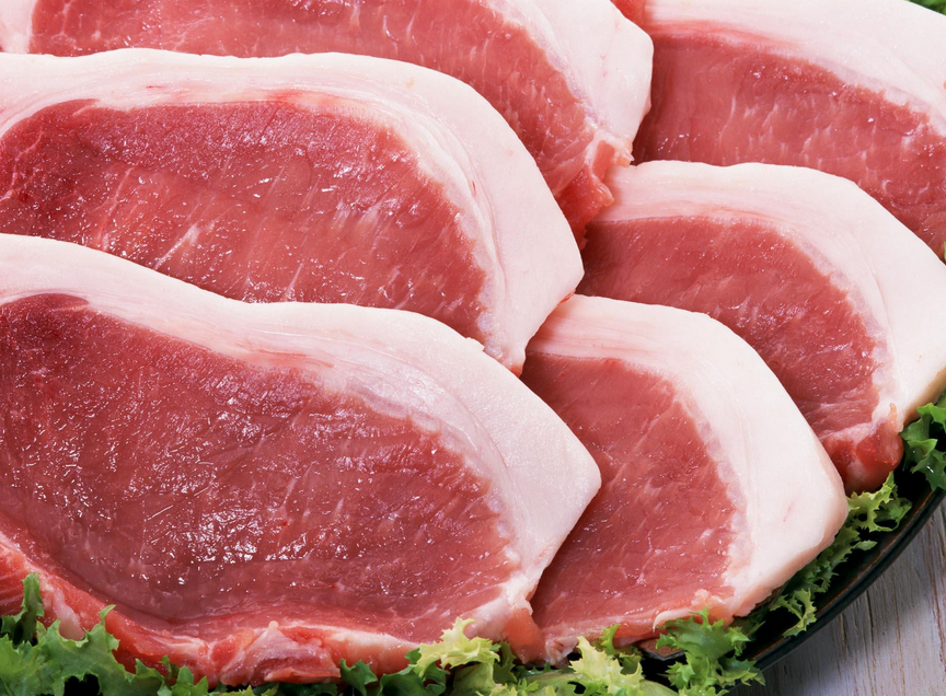 """猪价跌落""""神坛""""!多因素叠加影响猪肉市场价格!"""
