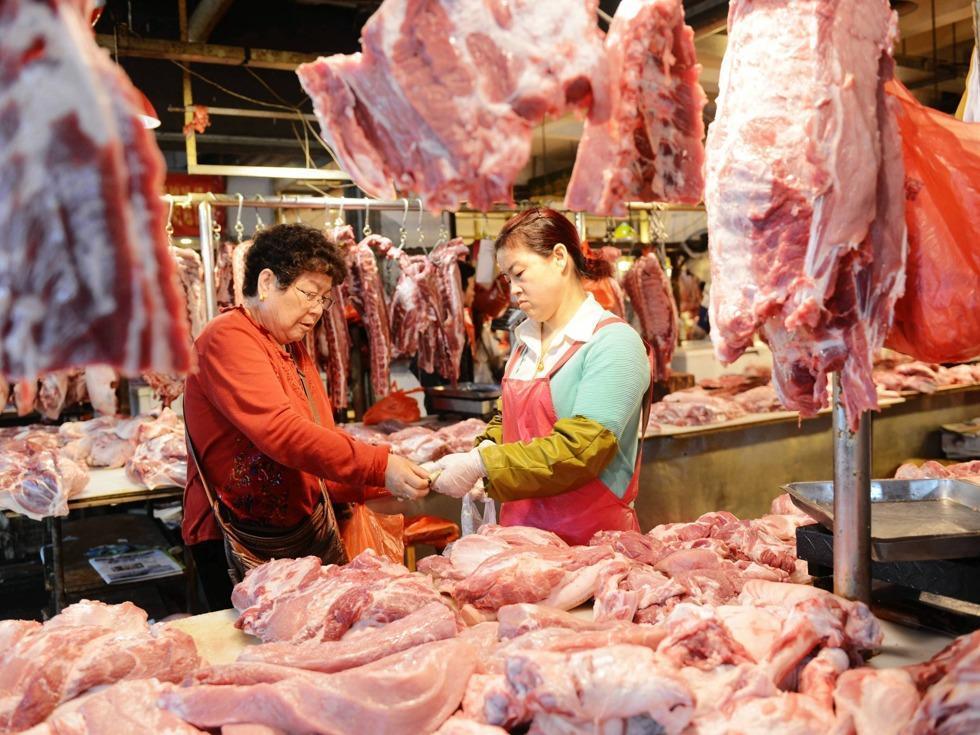 """猪价大跌56%,行情横盘16元,猪价""""近跌远涨""""表现突出!年底30元猪肉要卷土重来?"""