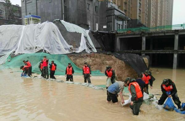 河南暴雨千年一遇,短期猪价或弱势下行,上市猪企运营正常